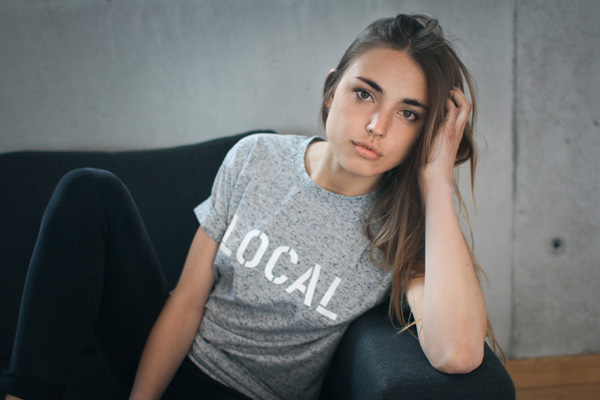 LOCAL_local_fabienne_couch_2
